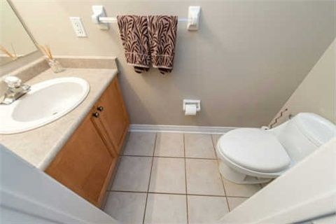 Photo 4: Photos: 53 N Lady May Drive in Whitby: Rolling Acres House (Bungaloft) for sale : MLS®# E3206710