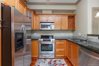 Photo 11: 207 1642 McKenzie Ave in VICTORIA: SE Lambrick Park Condo for sale (Saanich East)  : MLS®# 809590