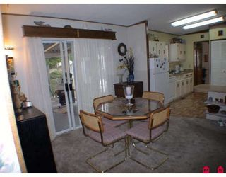 """Photo 15: 196 3665 244TH Street in Langley: Otter District Manufactured Home for sale in """"Langley Grove Estates"""" : MLS®# F2825786"""