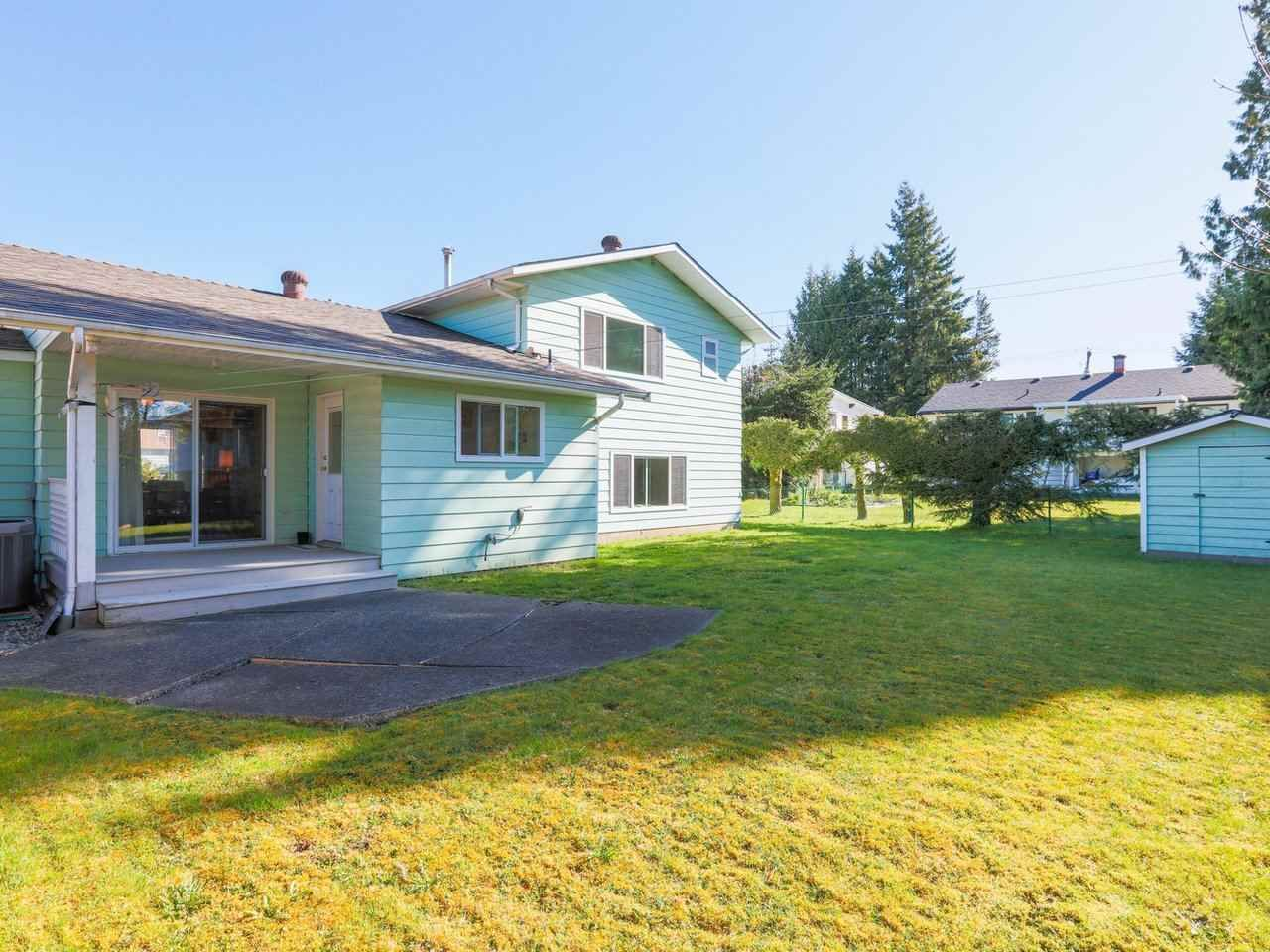 Photo 23: Photos: 1422 GROVER Avenue in Coquitlam: Central Coquitlam House for sale : MLS®# R2568207