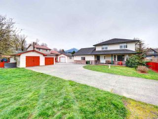 Main Photo: 6182 MILLER Drive in Sardis: Sardis West Vedder Rd House for sale : MLS®# R2283134