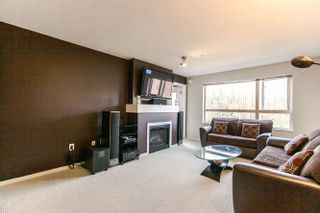 "Photo 7: 322 700 KLAHANIE Drive in Port Moody: Port Moody Centre Condo for sale in ""BOARDWALK"" : MLS®# R2039030"