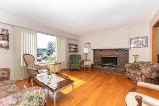 "Photo 10: 45935 LAKE Drive in Chilliwack: Sardis East Vedder Rd House for sale in ""Sardis Park"" (Sardis)  : MLS®# R2620684"