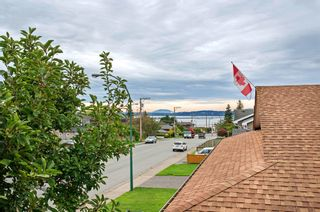 Photo 4: 15598 ROPER AVENUE in South Surrey White Rock: Home for sale : MLS®# R2003689