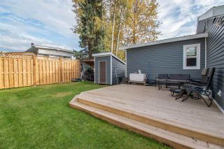 "Photo 14: 63 95 LAIDLAW Road in Smithers: Smithers - Rural Manufactured Home for sale in ""MOUNTAIN VIEW MOBILE HOME PARK"" (Smithers And Area (Zone 54))  : MLS®# R2410431"