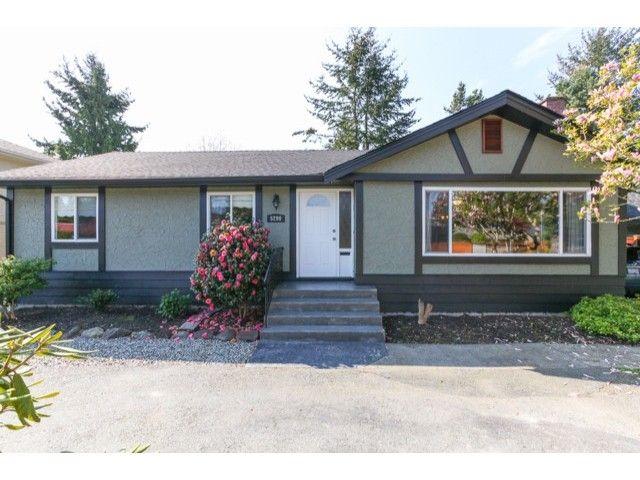 Main Photo: 5290 1ST AV in Tsawwassen: Pebble Hill House for sale : MLS®# V1118434