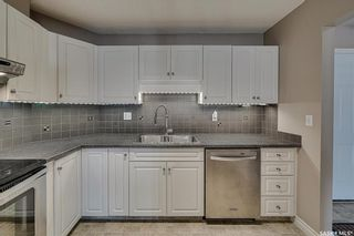 Photo 2: 307 1012 lansdowne Avenue in Saskatoon: Nutana Residential for sale : MLS®# SK854037