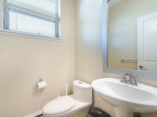 """Photo 9: 149 3105 DAYANEE SPRINGS Boulevard in Coquitlam: Westwood Plateau Townhouse for sale in """"WHITE TAIL LANE"""" : MLS®# R2443110"""