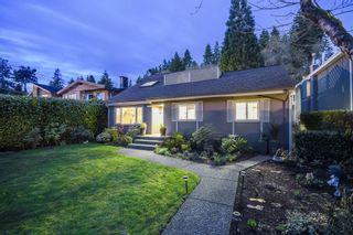 Photo 1: 1546 HOPE Road in North Vancouver: Pemberton NV House for sale : MLS®# V1056418