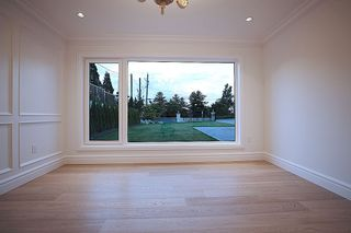 Photo 28: 14020 MARINE Drive: White Rock House for sale (South Surrey White Rock)  : MLS®# R2478365
