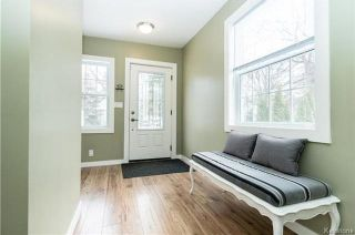 Photo 2: 326 Mandeville Street in Winnipeg: Deer Lodge Residential for sale (5E)  : MLS®# 1802817