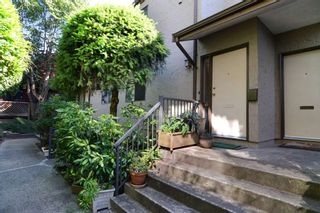 Photo 2: 26 220 E 4TH STREET in North Vancouver: Lower Lonsdale Townhouse for sale : MLS®# R2094449
