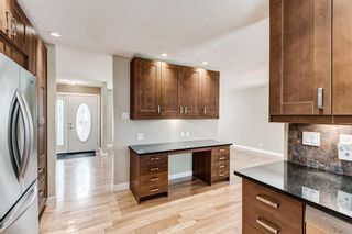 Photo 12: 6416 Larkspur Way SW in Calgary: North Glenmore Park Detached for sale : MLS®# A1127442