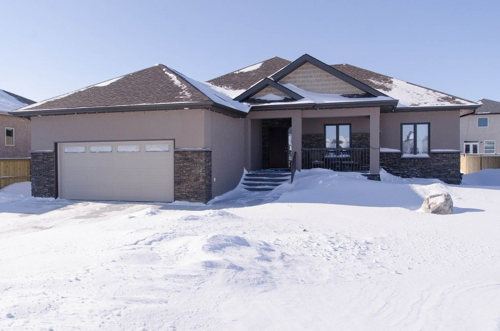 Main Photo: 6 Cherry Tree Lane in Oakbank: Anola / Dugald / Hazelridge / Oakbank / Vivian Single Family Detached for sale : MLS®# 1402994