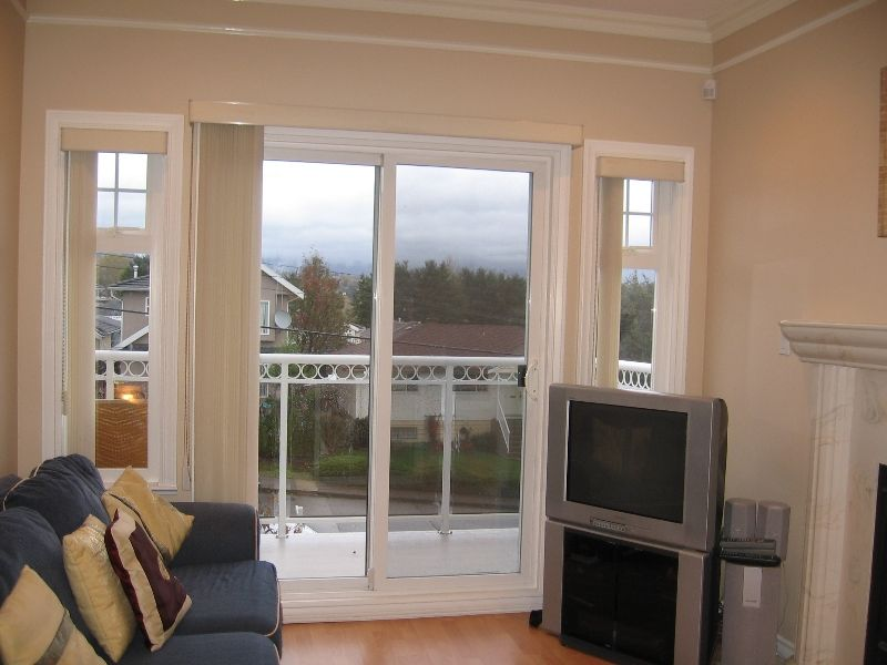 Photo 10: Photos: 5966 WOODSWORTH Street in Burnaby: Central BN 1/2 Duplex for sale (Burnaby North)  : MLS®# V619949