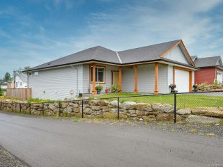 Photo 3: 3342 Solport St in CUMBERLAND: CV Cumberland House for sale (Comox Valley)  : MLS®# 842916