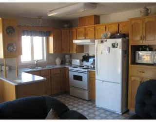 """Photo 2: 2750 BELL Place in Prince George: Charella/Starlane House for sale in """"CHARELLA"""" (PG City South (Zone 74))  : MLS®# N195328"""