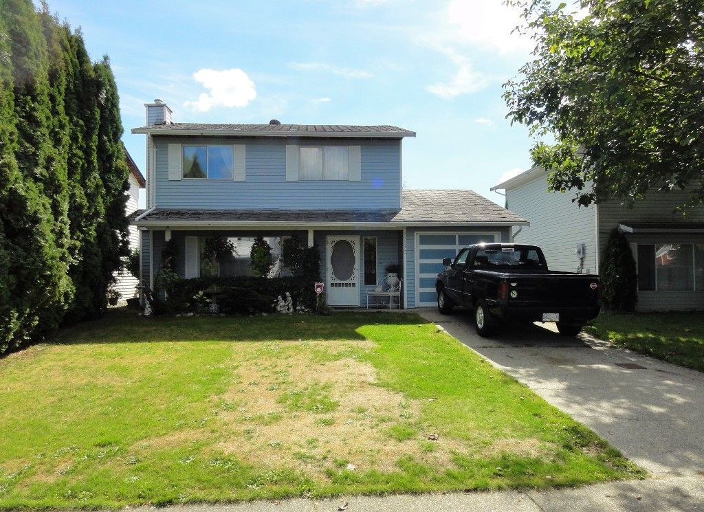 Main Photo: 27570 31A Avenue in Langley: Aldergrove Langley House for sale : MLS®# F1451676