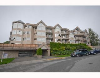 """Photo 10: 214 11595 FRASER Street in Maple Ridge: East Central Condo for sale in """"BRICKWOOD PLACE"""" : MLS®# V731501"""