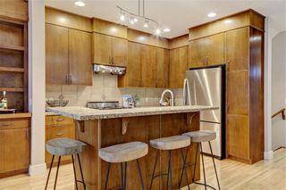Photo 8: 254 21 Avenue NE in Calgary: Tuxedo Park Semi Detached for sale : MLS®# C4275757