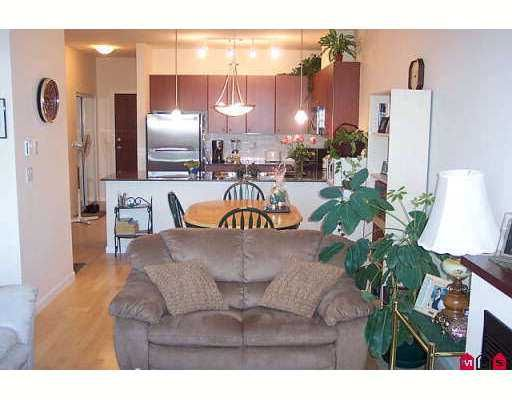 """Photo 3: Photos: 15380 102A Ave in Surrey: Guildford Condo for sale in """"Charlton Park"""" (North Surrey)  : MLS®# F2622859"""