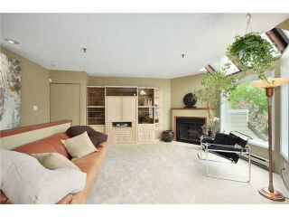 """Photo 5: F8 1100 W 6TH Avenue in Vancouver: Fairview VW Townhouse for sale in """"FAIRVIEW PLACE"""" (Vancouver West)  : MLS®# V828284"""