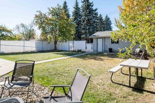Photo 38: 279 Lynnwood Way NW in Edmonton: Zone 22 House for sale : MLS®# E4265521