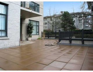 "Photo 8: 109 4685 VALLEY Drive in Vancouver: Quilchena Condo for sale in ""MARGUERITE HOUSE I"" (Vancouver West)  : MLS®# V755455"