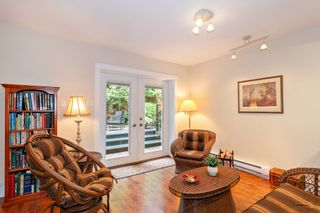"""Photo 18: 3091 HOSKINS Road in North Vancouver: Lynn Valley House for sale in """"Lynn Valley"""" : MLS®# R2465736"""