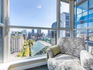 """Photo 1: 2605 1068 HORNBY Street in Vancouver: Downtown VW Condo for sale in """"THE CANADIAN AT WALL CENTRE"""" (Vancouver West)  : MLS®# R2585193"""