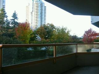 """Photo 8: 6152 KATHLEEN Ave in Burnaby: Metrotown Condo for sale in """"THE EMBASSY"""" (Burnaby South)  : MLS®# V619015"""