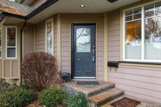 Photo 2: 8 15 Helmcken Rd in View Royal: VR Hospital Row/Townhouse for sale : MLS®# 829595