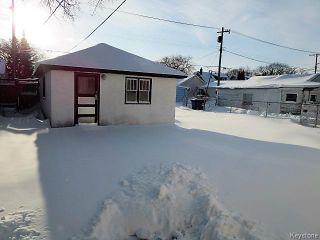 Photo 2: 304 Rupertsland Avenue in Winnipeg: West Kildonan Residential for sale (4D)  : MLS®# 1630491