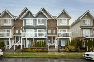 "Photo 1: 403 1661 FRASER Avenue in Port Coquitlam: Glenwood PQ Townhouse for sale in ""Brimley Mews"" : MLS®# R2547469"