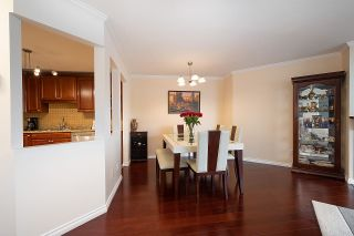 """Photo 5: 105 7480 GILBERT Road in Richmond: Brighouse South Condo for sale in """"HUNTINGTON MANOR"""" : MLS®# R2501632"""