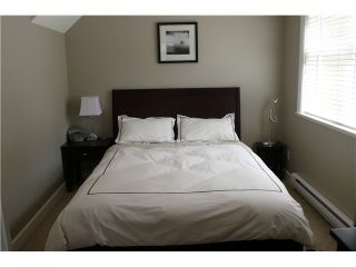 """Photo 7: 698 W 13TH Avenue in Vancouver: Fairview VW Townhouse for sale in """"HEATHER CROSSING"""" (Vancouver West)  : MLS®# V823692"""