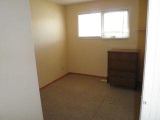 Photo 7: 11 TARAGLEN Road NE in CALGARY: Taradale Residential Detached Single Family for sale (Calgary)  : MLS®# C3531546