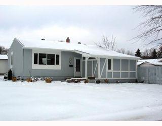 Photo 1:  in WINNIPEG: Fort Garry / Whyte Ridge / St Norbert Residential for sale (South Winnipeg)  : MLS®# 2821369