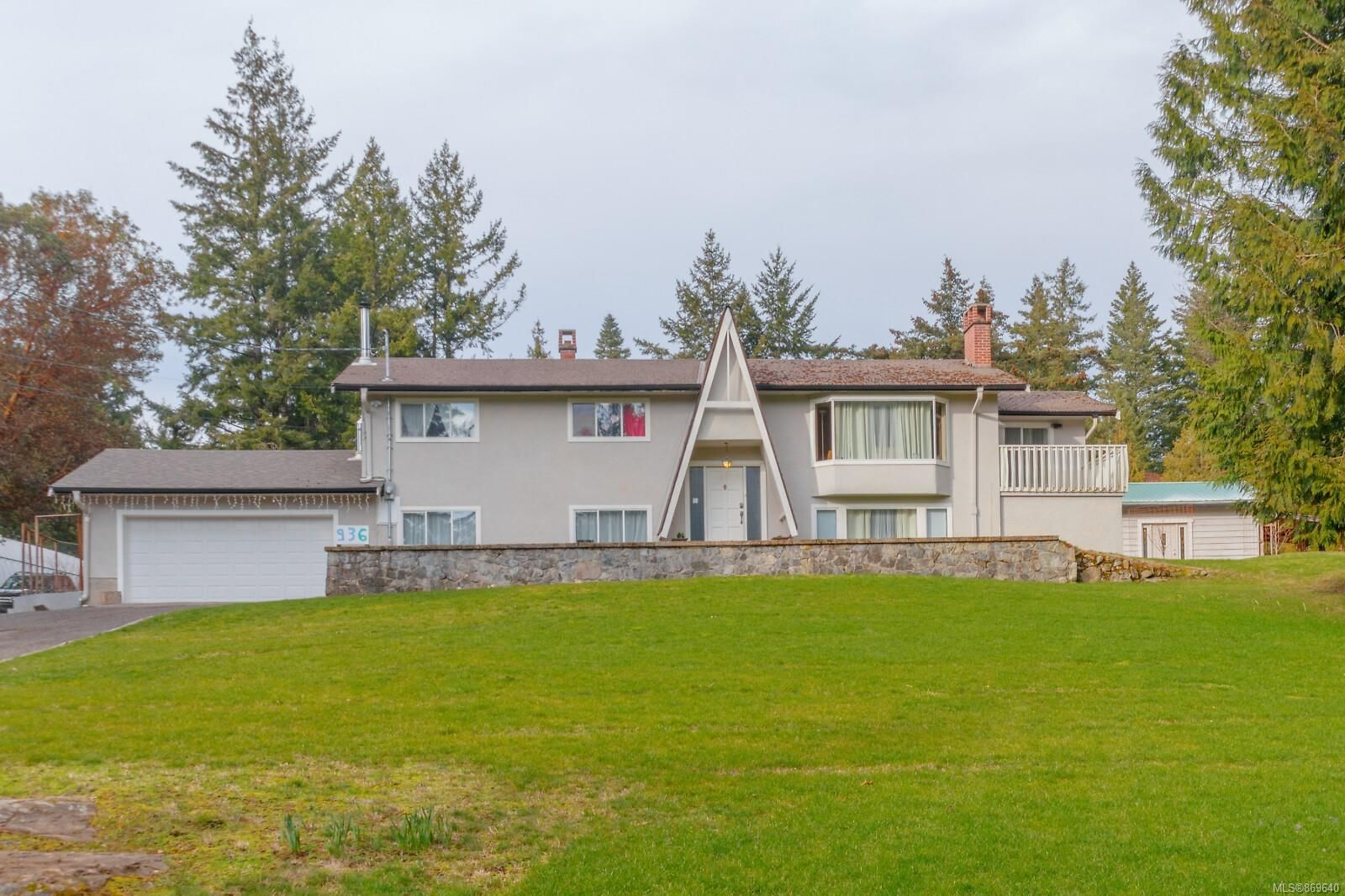 Main Photo: 936 Klahanie Dr in : La Happy Valley House for sale (Langford)  : MLS®# 869640