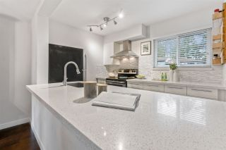 """Photo 8: 887 CUNNINGHAM Lane in Port Moody: North Shore Pt Moody Townhouse for sale in """"WOODSIDE VILLAGE"""" : MLS®# R2555689"""