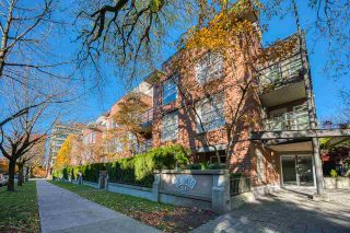 """Photo 24: PH 401 2181 W 12TH Avenue in Vancouver: Kitsilano Condo for sale in """"THE CARLINGS"""" (Vancouver West)  : MLS®# R2516161"""
