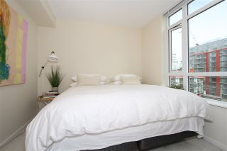 Photo 5: 701 89 W 2ND Avenue in Vancouver: False Creek Condo for sale (Vancouver West)  : MLS®# R2056301
