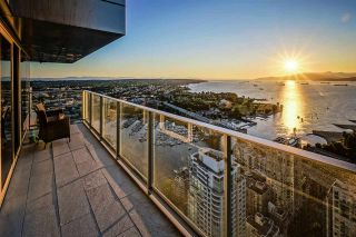 "Photo 9: 5601 1480 HOWE Street in Vancouver: Yaletown Condo for sale in ""VANCOUVER HOUSE"" (Vancouver West)  : MLS®# R2531161"