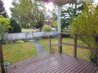 Photo 2: 2333 JONES Avenue in North Vancouver: Central Lonsdale House for sale : MLS®# V977765
