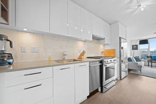 """Photo 5: 803 231 E PENDER Street in Vancouver: Strathcona Condo for sale in """"Framework"""" (Vancouver East)  : MLS®# R2618917"""