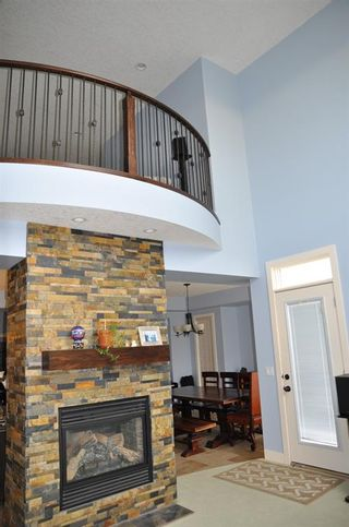 Photo 13: 340 Everglade Circle SW in Calgary: Evergreen Detached for sale : MLS®# A1073178