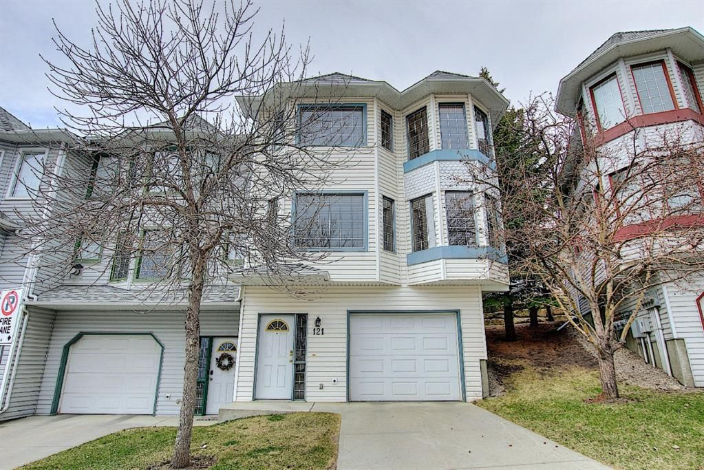 Main Photo: 121 Patina Rise SW in Calgary: Patterson Row/Townhouse for sale : MLS®# A1094320