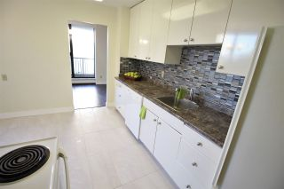"Photo 3: 305 710 SEVENTH Avenue in New Westminster: Uptown NW Condo for sale in ""THE HERITAGE"" : MLS®# R2116270"