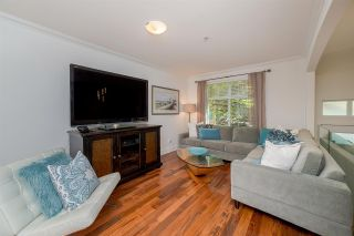 """Photo 3: 31 15833 26 Avenue in Surrey: Grandview Surrey Townhouse for sale in """"Brownstones"""" (South Surrey White Rock)  : MLS®# R2271800"""