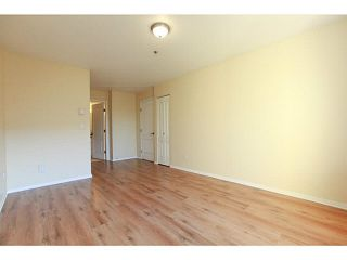 """Photo 6: 201 2340 HAWTHORNE Avenue in Port Coquitlam: Central Pt Coquitlam Condo for sale in """"BARRINGTON PLACE"""" : MLS®# V1119321"""